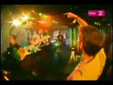 New found glory -Sincerely me (live trl 01-16-03)