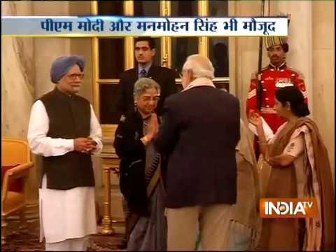 Pranab Mukherjee Meets Bangladesh President, Hands Over 'Historic' Gift