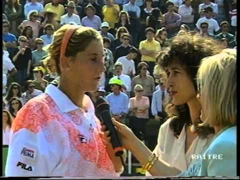 Gabriela Sabatini v Monica Seles Rome 1992 pt4