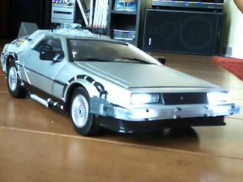 Back to the future Part 1 Delorean  - Diamond Select Toys