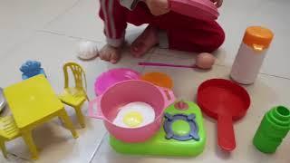 Tin và Ba tập làm bếp - Đồ chơi nấu ăn cho bé Kid Play Cooking Toy Video