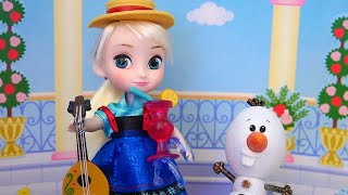 Super Cute ! Toys and Dolls Fun Pretend Play with Elsa and Anna Toddlers | SWTAD