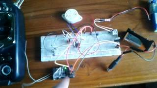 video Using IC EC555 and C, R & Tr to make it real.