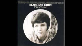Watch Tony Joe White As The Crow Flies video
