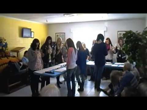 Henryetta High School Bell choir