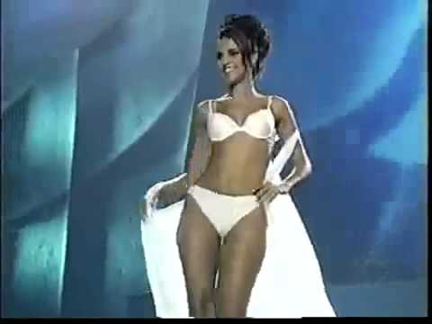 Neha Dhupia Hot Stage video