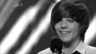Watch Louis Tomlinson Hey There Delilah video