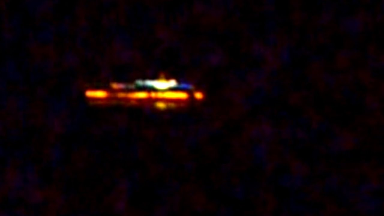 UFO 2015 Huge Orange UFO Caught Hovering High In The Sky 2015