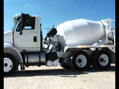 Camion Revolvedor de Concreto con Capacidad de 3 mts3 doble eje.avi
