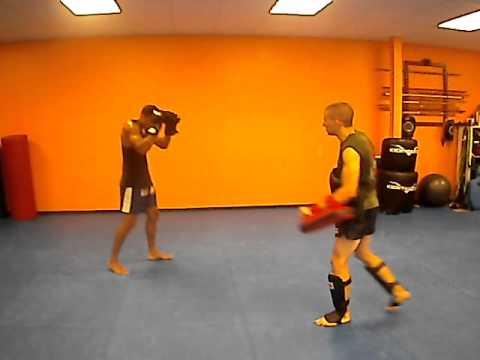 Muay Thai Pad drill Image 1