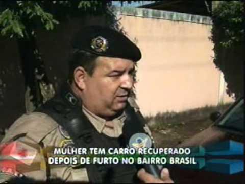 Policia recupera carro roubado no Bairro Brasil