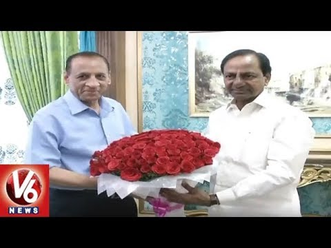 CM KCR Meets Governor Narasimhan | Invites For Kanti Velugu Scheme Launch | V6 News