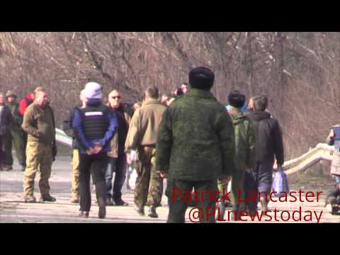 Ukraine forces exchanged 4 female & 2 male POWs to Lugansk LPR forces for 3 male POWs today.