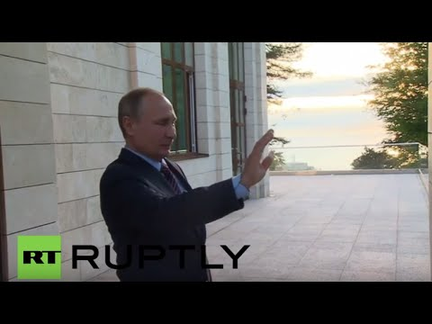 Russia: Putin bids Japan's Abe farewell in Sochi