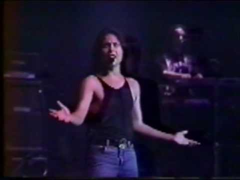 Angra - Live @ Monsters of Rock [1994] (Now with lyrics)