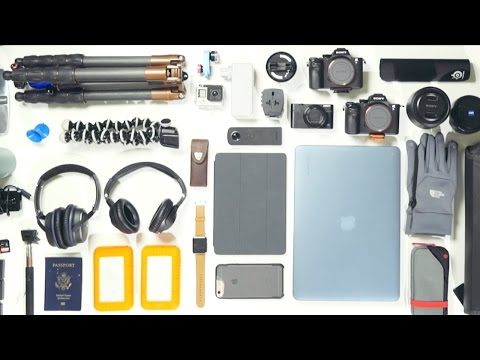 What's In My Bag (Extreme Travel Tech)