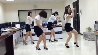Thư Giãn- 4 Cô gái công sở vui nhộn