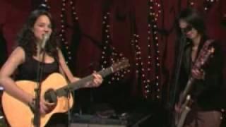 Watch Norah Jones Little Room video