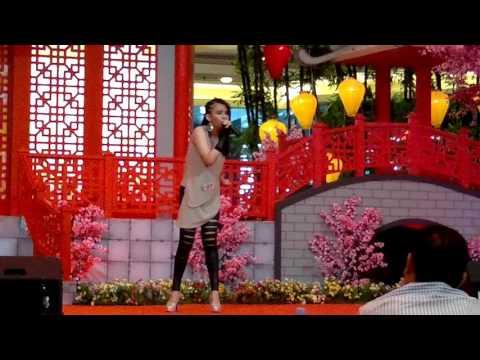 download lagu Cun Zai 存在,  Wang Feng 汪峰 By FG Audrey 黄梅群 gratis