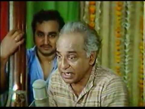 Dr. Vasantrao Deshpande sings Sukataatchi Jagi Ya the immortal...