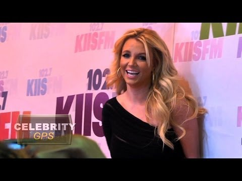 Back up dancer sues Britney Spears - Hollywood.TV