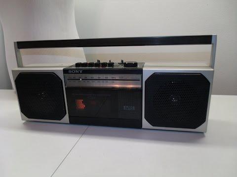 Vintage Sony CFS-300 Boom Box Radio Cassette Player Ghetto Blaster