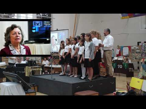 A közös éneklés vége a 60 éves évfordulónkon /A béka-nép, A börtön ablakába, Guantanamera/