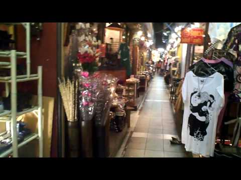 Bangkok Day 3: Suan Lum Night Bazaar