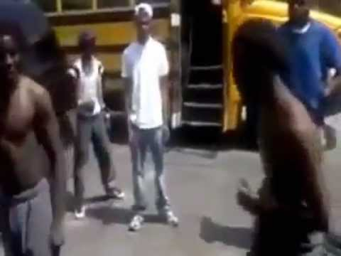 CHIEF KEEF FIGHT VIDEO 2013!