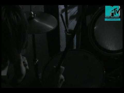 Enter Sandman - Metallica HQ (Unique Musicvideo)