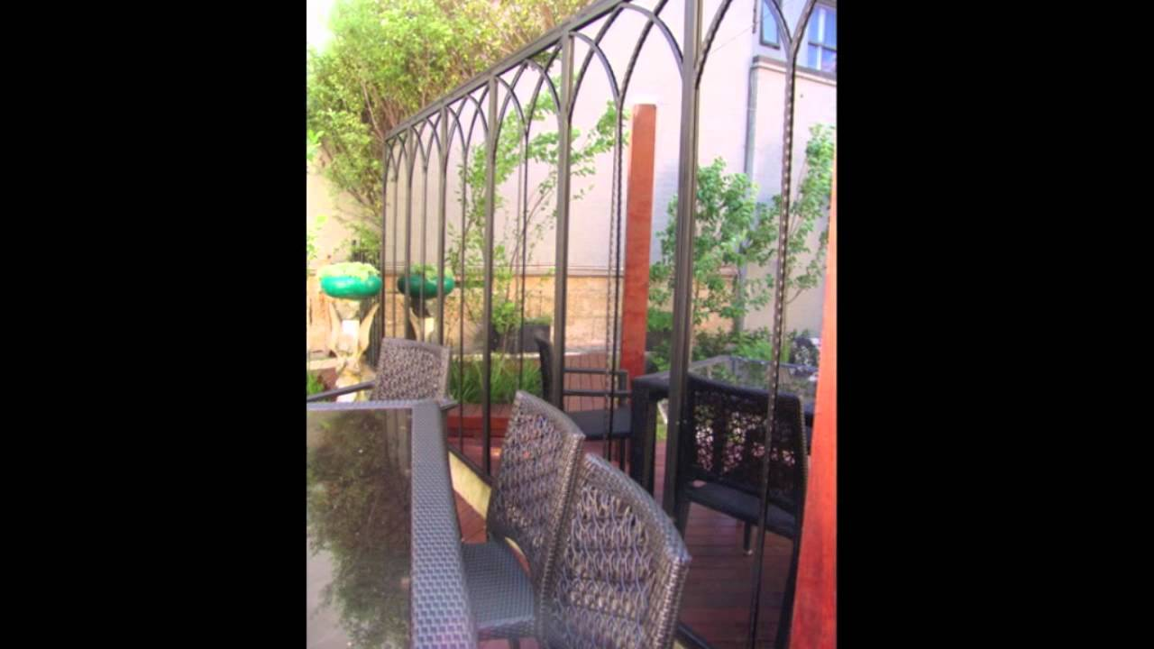 Rivas design outdoor garden mirrors and wrought iron for Outdoor mirror ideas