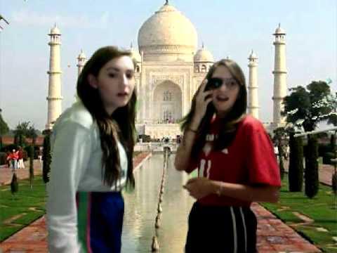 Taj Mahal Tourist