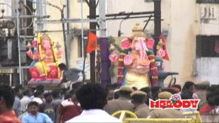 Tamil Devotional Vinayagar Song Video Sung by Mahanadhi Shobana from the Album Saranam Ganesa produced by Unique Recording.