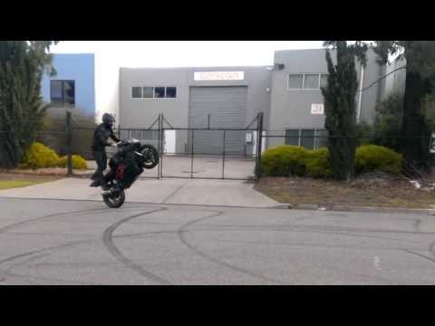 Crazy motorcycle stunts cbr