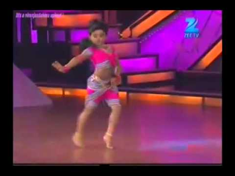 Baby Girl Amazing Dancing - Chikni Chameli - Shihabmeethal video