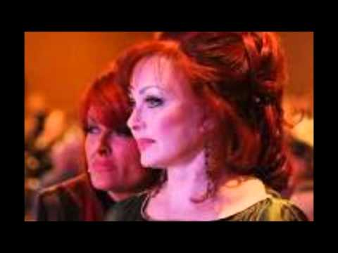 Judds - Let Me Tell You About Love