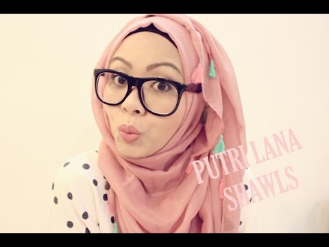 4 HIJAB STYLES FEATURING MAXI TASSEL SHAWLS FROM PUTRI LANA - YouTube