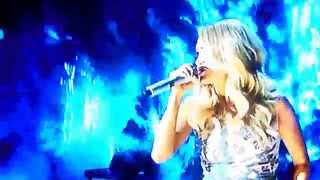 Carrie Underwood A Cma 39 S Something In The Water