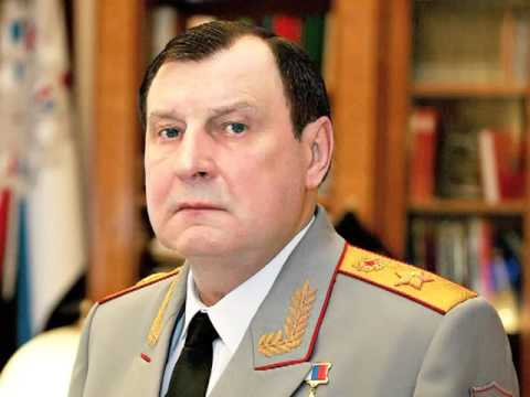 Армия России кормит боевика.