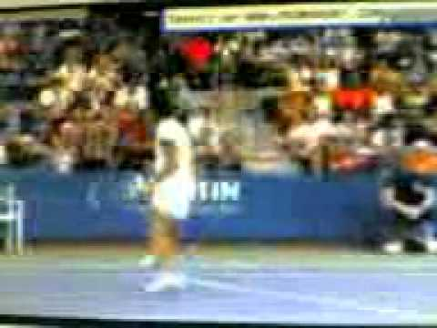 Federer who? Schiavone hits a tweener and wins the point at the 2010 Us Open