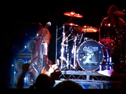 Ace Frehley - Rocket Ride / Parasite at Stars&Stripes Festival in Mt Clemens, MI July, 1, 2011