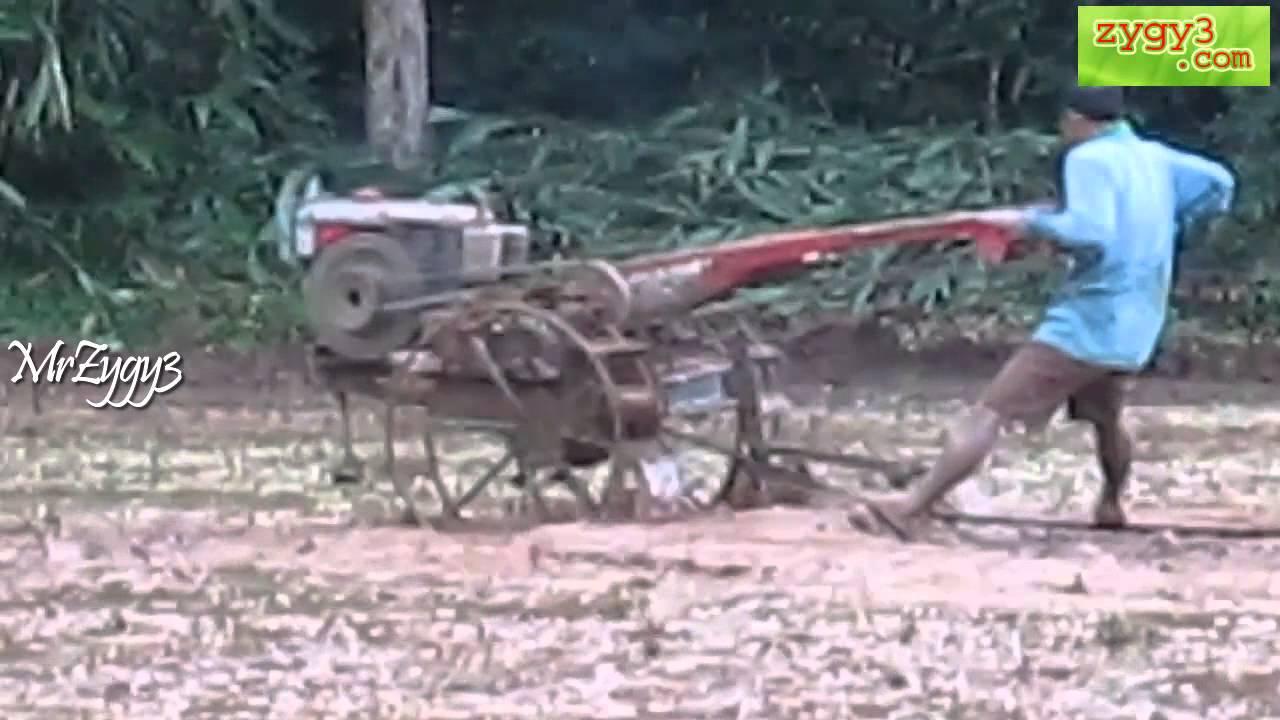 Yanmar Tractor 2 Wheel : Two wheel tractor yanmar skating on mud youtube