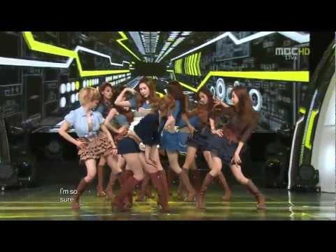 [ Hd ] Girl's Generation (snsd) - Mr.taxi 111022 Live [comeback]   Music Core video