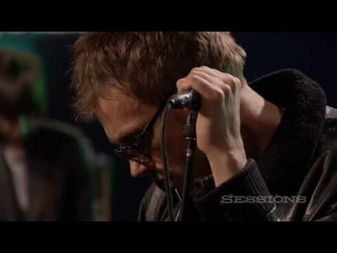 Thumbnail of video Gorillaz - On Melancholy Hill (Live on AOL Sessions)