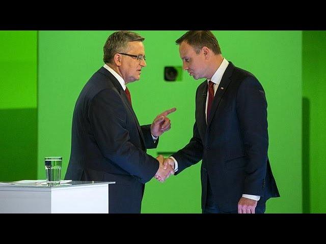 Polónia vota na 2.ª volta de umas presidenciais com desfecho incerto