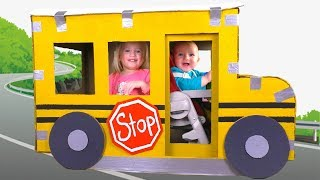 The Wheels On The Bus | Nursery Rhymes & Kids Songs