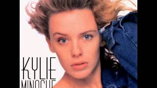 Watch Kylie Minogue Getting Closer video