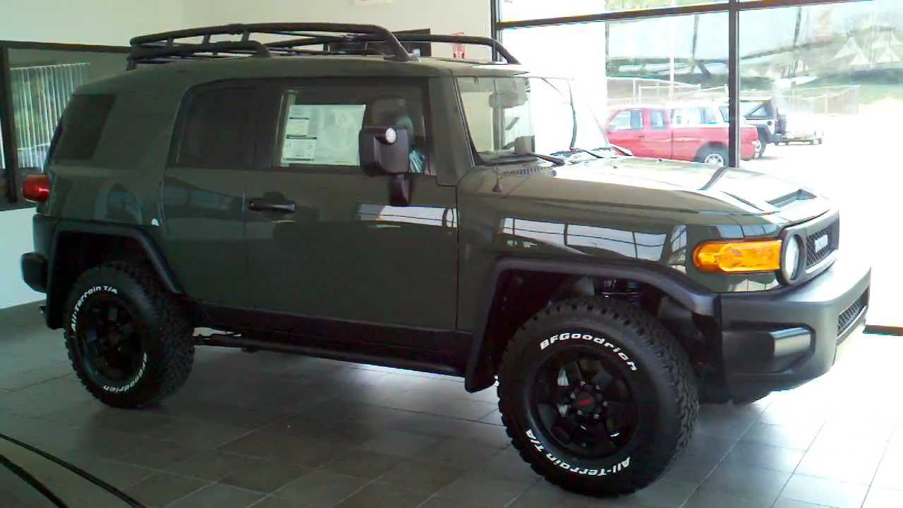 2011 Toyota FJ Cruiser Trail Team Army Green Special ...
