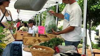 Quick clips at Slow Food Earth Market