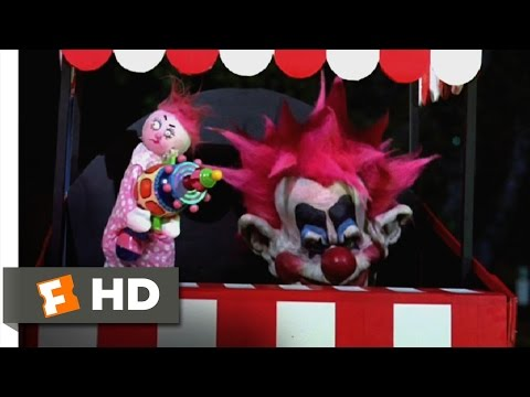 Killer Klowns from Outer Space (3/11) Movie CLIP - Deadly Puppet Show (1988) HD